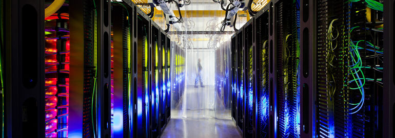 Зачем нужен выделенный сервер? Где его взять?