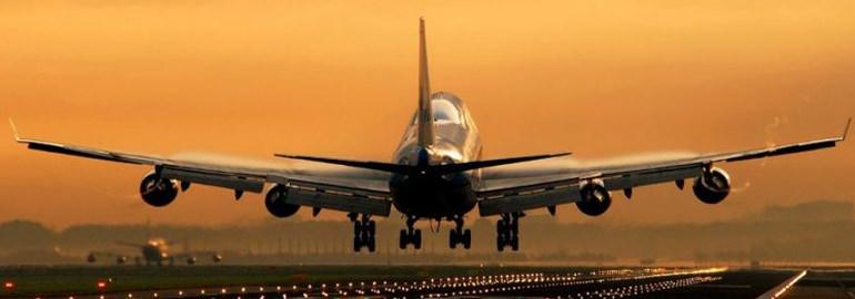 Взлетит ли самолет на ленте транспортера?